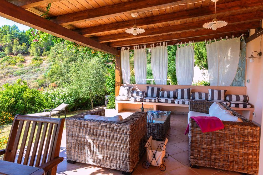 Casa vacanza villa cristina con vista mare e giardino for Piani casa vacanza con seminterrato sciopero