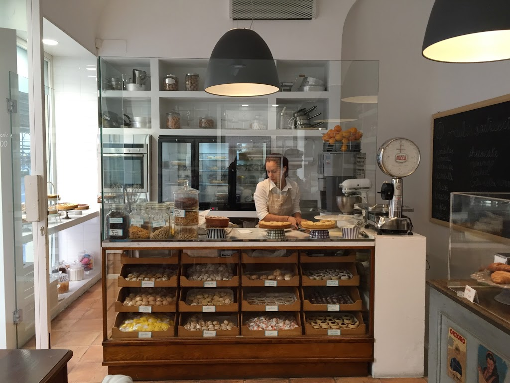 GETTING ROUND AND ABOUT IN CAGLIARI? DON'T MISS THESE DELIGHTS!
