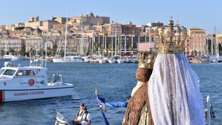 PROCESSION AT THE SEA OF BONARIA: A festival that repeats since 150 years